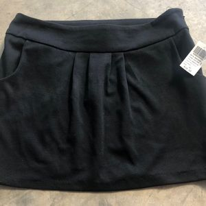 Black contempo skirt